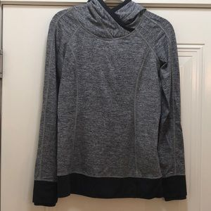 Loved Lululemon LS Hooded Top Sz 6 Heathered Black